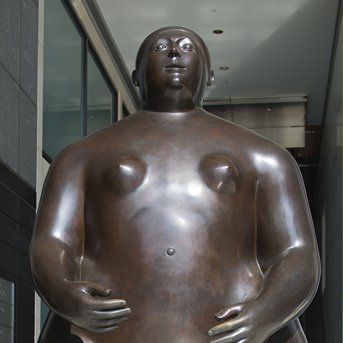 Estatua obesa en el Time Warner Center